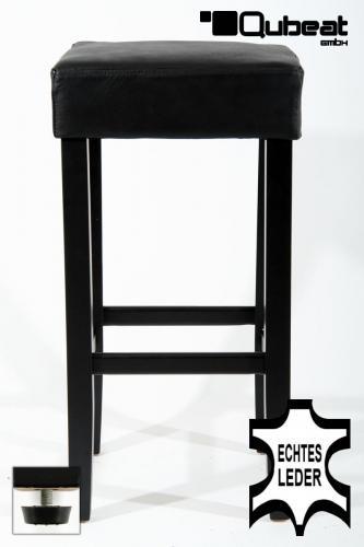 hochwertiger holzbarhocker in schwarz edler holzbarhocker schwarz holzgestell barhocker holz. Black Bedroom Furniture Sets. Home Design Ideas