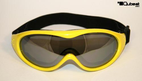 ski und snowboardbrille in gelb mit verspiegelten gl sern. Black Bedroom Furniture Sets. Home Design Ideas