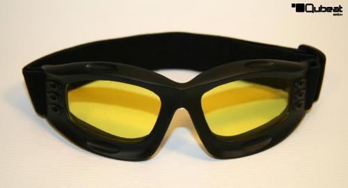 skibrille snowboardbrille schwarz mit gelben gl sern. Black Bedroom Furniture Sets. Home Design Ideas